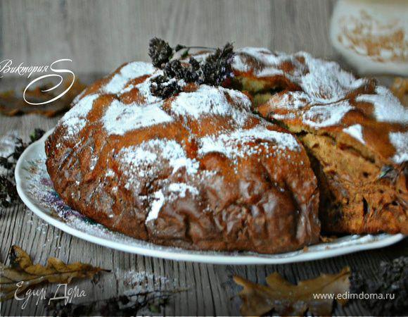Очень вкусный, пышный, домашний и уютный пирог! Сушёные — вяленые ягоды можно добавить по вкусу! Это могут быть и чернослив, и сушеная вишня, клюква, чёрная смородина, клубника, черника и голубика....