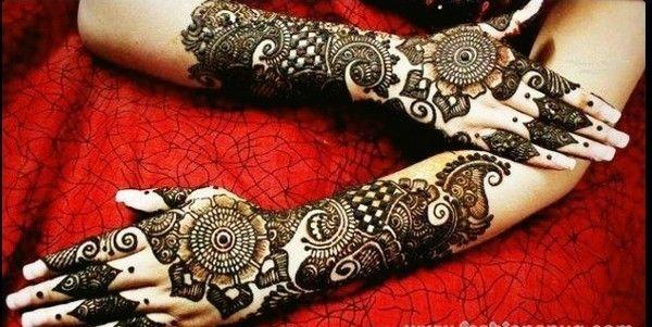 Round Mehndi Designs For Hands