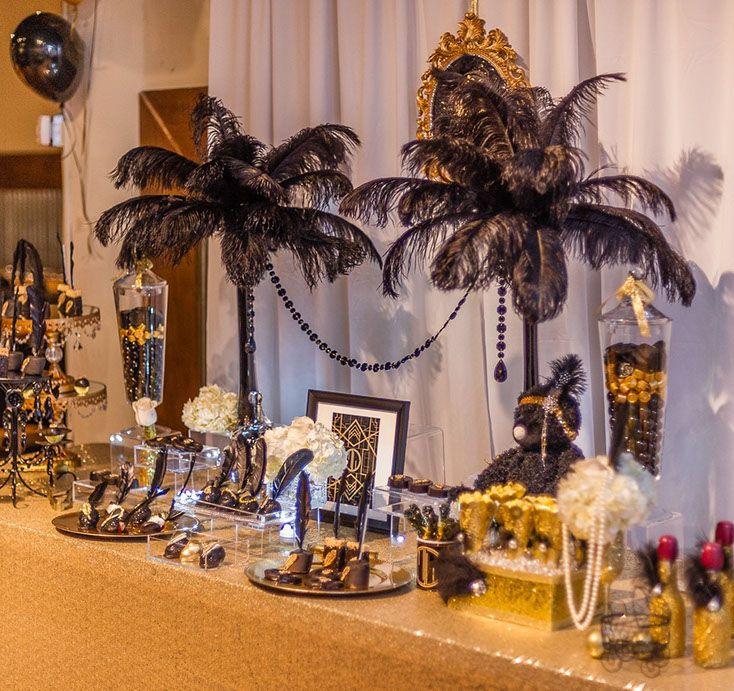 Gatsby Themed Party, Roaring