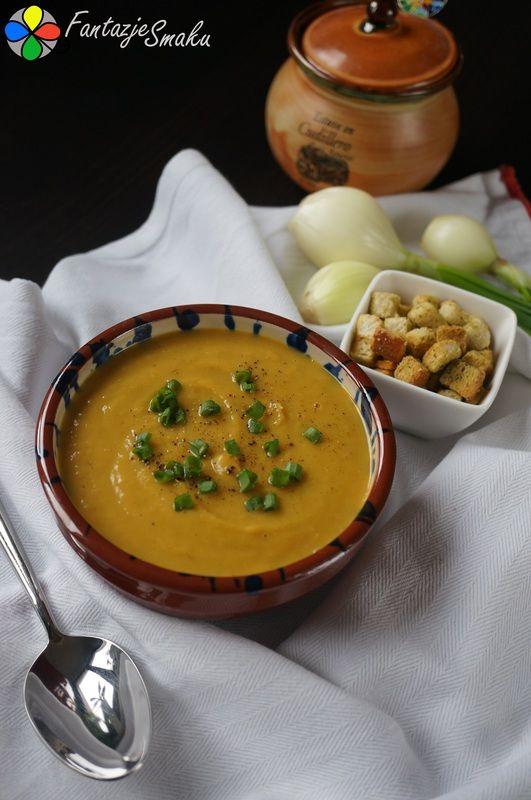 Zupa krem z pieczonych kasztanów, dyni i batata http://fantazjesmaku.weebly.com/blog-kulinarny/zupa-krem-z-pieczonych-kasztanow-dyni-i-batata