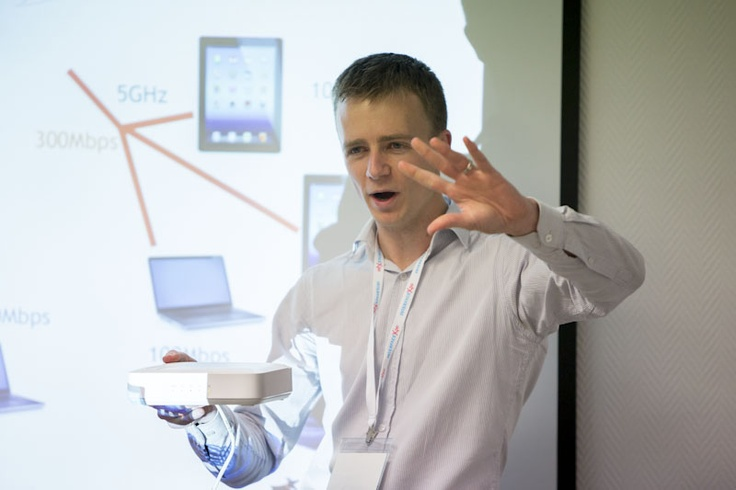Learning about wireless with Ruckus's Matt Hall.