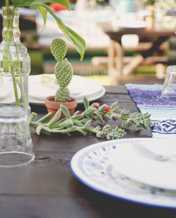 Caterer: Tacos Chihuahua Inc. - Na   Read More on SMP: http://www.stylemepretty.com/living/2015/09/16/mexican-fiesta-rehearsal-dinner/