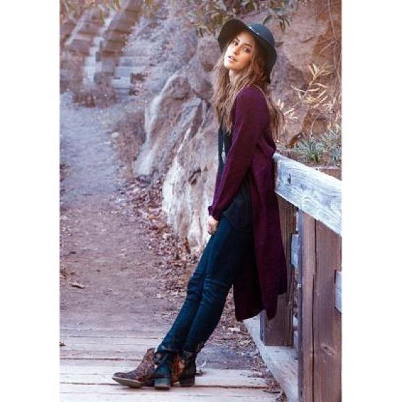 Everybody Talks | LF Long Burgundy Cardigan Long burgundy cardigan from LF. Worn twice around the house, no flaws. Deciding if I should keep or not, love it but don't wear it enough. Considering reasonable offers, no trades. Size L, would fit m-l best. LF Other