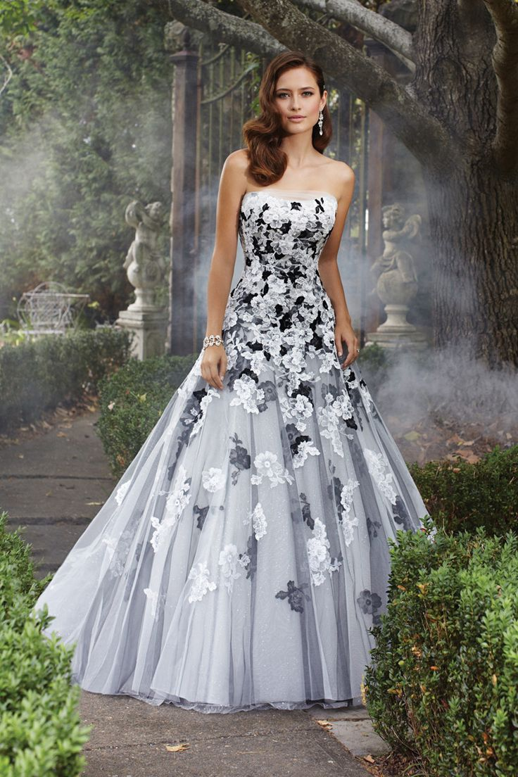 avant garde modern romantic black ivory white ball gown beading dropped floor illusion lace sophia