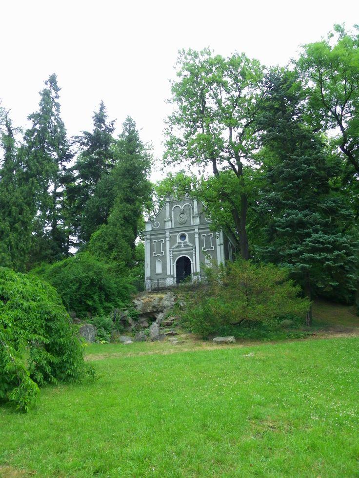 Gołuchów Park - Arboretum Grób rodziny Czartoryskich