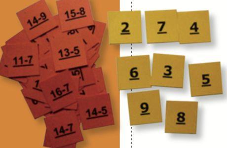 Haaibaai: Een spel waar er veel variatie mogelijk zijn! We maken twee soorten kaartjes. Kaartjes met een som op. Hier kunnen we optellingen, aftrekking, vermenigvuldigen of delingen noteren. De tweede soort kaartjes zijn de uitkomsten. We leggen alle uitkomsten op tafel. De bewerkingen leggen we op een stapel. Eén leerling draait een bewerking om en de andere leerling zoeken zo snel mogelijk de uitkomst. Ze slaan op het kaartje en zeggen luidop de uitkomst van de bewerking.