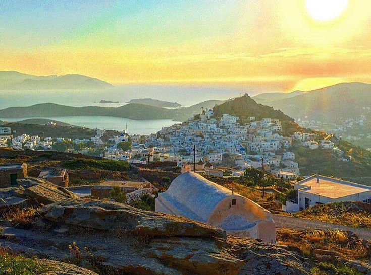 The magnificent view of ios island (Ίος) from the top