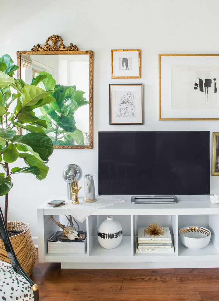 Quick easy how to style an art gallery wall