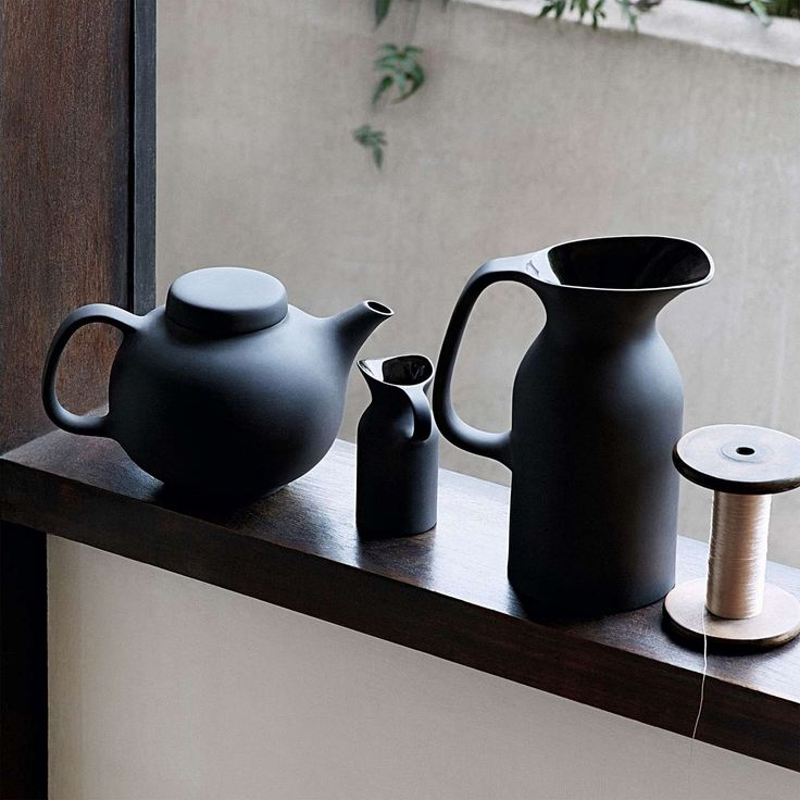 Olio teapot   Simon James Design    Designed by Barber Osgerby    This black 1.2L Teapot with it's matte unglazed exterior is a pared back, modern and timeless piece by designers Edward Barber and Jay Osgerby for ceramic company Royal Doulton.