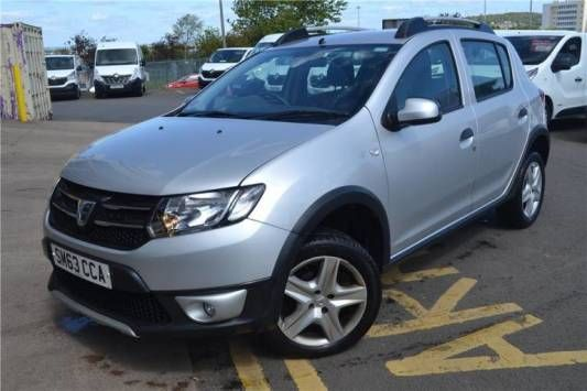 Used 2013 (63 reg) Silver Dacia Sandero Stepway 0.9 TCe Laureate 5dr for sale on RAC Cars