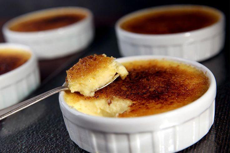 Recette de crème brûlée au Thermomix TM31 ou TM5. Faites ce dessert en mode étape par étape comme sur votre appareil !