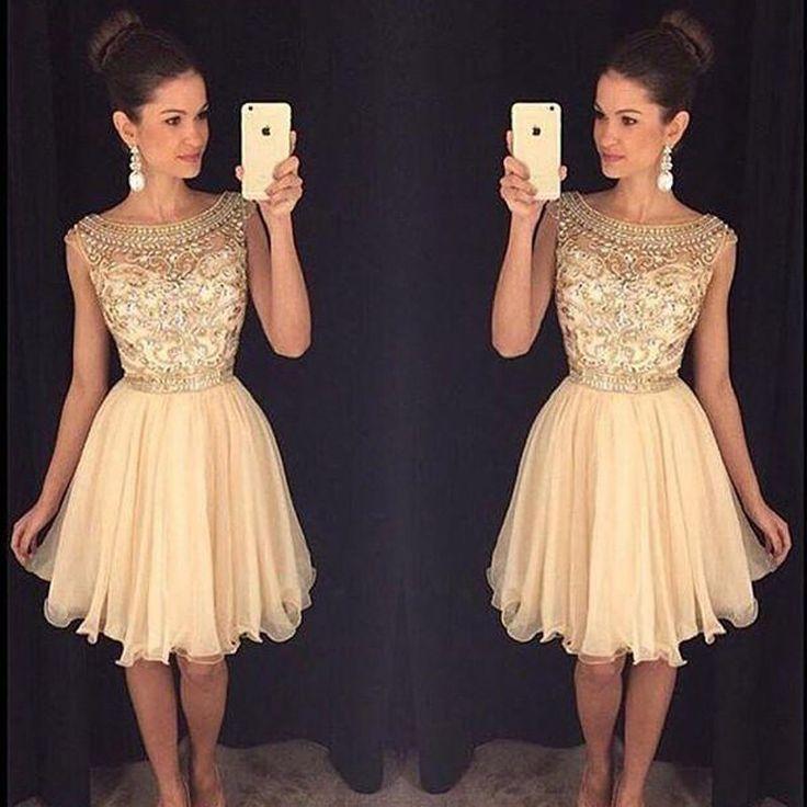 Stylish Bateau Short Champagne Homecoming Dresses with Beading Under 100