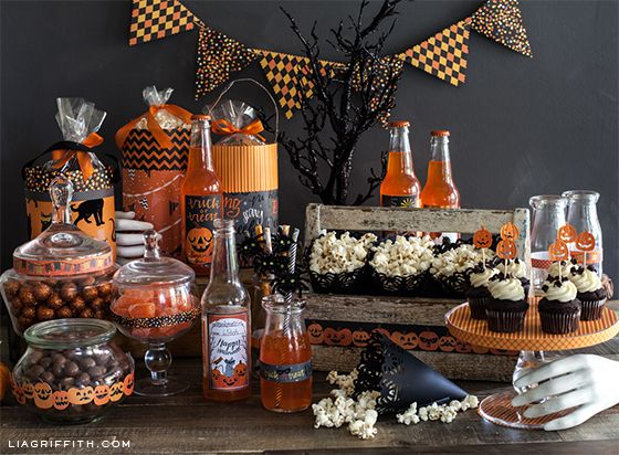 diy halloween goody bag and easy party decorations - Decorating For Halloween Party