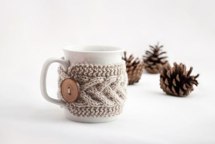 Cup Cozy in Beige, Knitted Mug Cozy, Coffee Cozy de ValKnitting sur DaWanda.com Plus