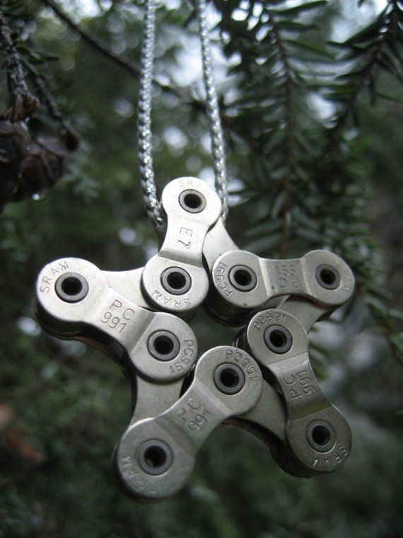 Introducing the ultimate gift for your cycling friends and those who appreciate recycled art, the Snow Chain. Each Snow Chain is made from