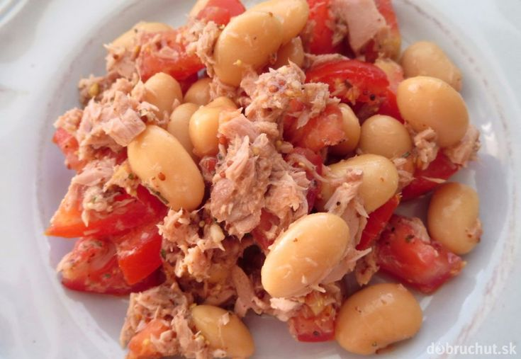 Fotorecept: Fazuľovo-tuniakový šalát s paradajkami