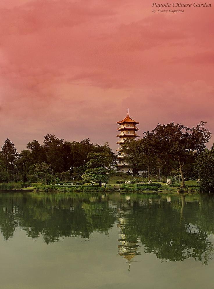 keindahan landscape pagoda chinese garden....