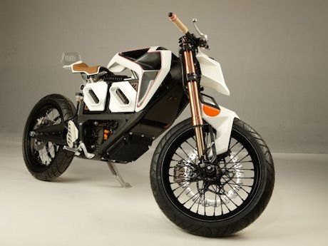 Electric bikes are moving ever closer to public acceptance with the latest step being this customised Zero electric motorcycle by a California designer.