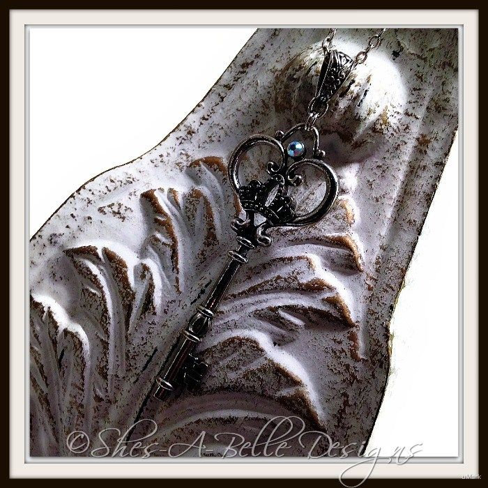 Quartz Ology Key necklace, C...