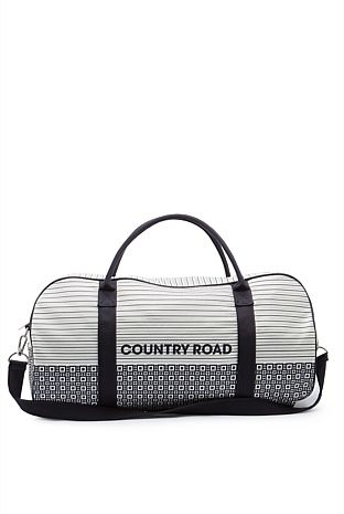 Not too fussed about if it's this style or not just like these type of bags
