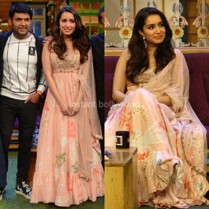 "Yay  or Nay  Shraddha Kapoor in Arpita Mehta for The Kapil Sharma Show @Bollywoodstylefile ❤❤❤ .…"""