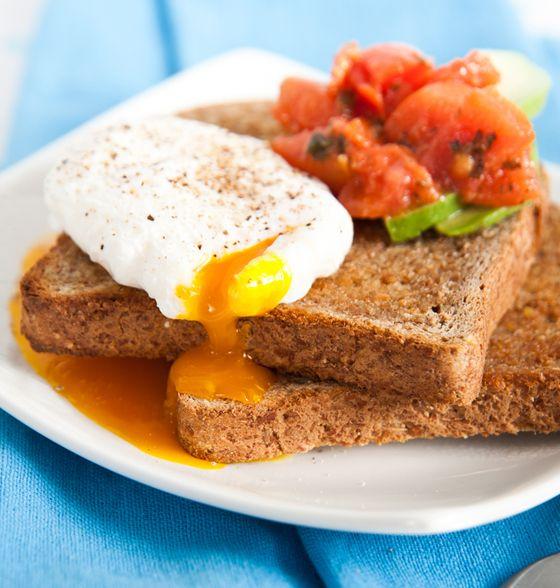 Maxines Burn : Poached Eggs, Avocado & Tomato
