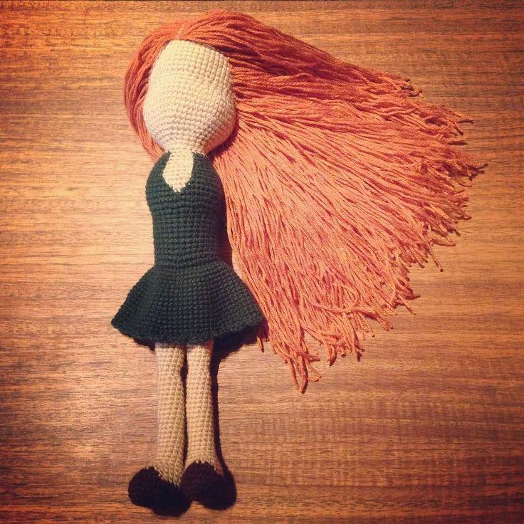 "#Hair ... Done!  #Haare ... Fertig!  #Pelo ... Listo Check out my Facebook Fanpage: ""Algodón de azúcar - Casita de muñecas"" #crochet #ilovecrochet #häkeln #ichliebehäkeln #amigurumi #crochetparaniños #kuscheltiere #cuddletoys #peluches #crochetfanatic #crochetfan #crochetfun #häkelnisttoll #häkelfan #crochetaddict #crochetersofinstagram #crochetlover #amotejer #häkelnmachtglücklich #häkelnistyoga #häkelsüchtig #crochetismytherapy #crochetterapia #häkelnfürkinder by algodon_de_azucar78"