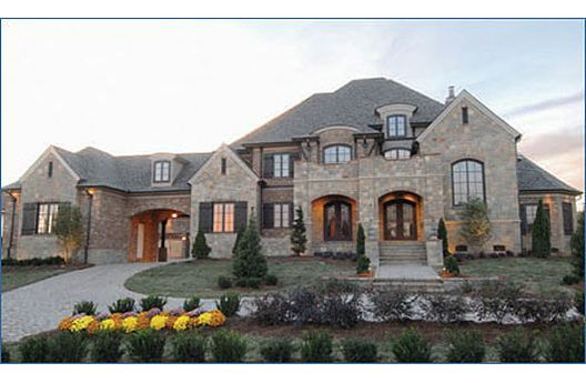 Huge house dream home pinterest beautiful nice for Big beautiful mansions
