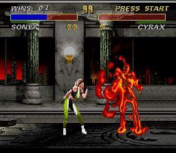 Mortal Kombat 3 SNES Sonya Blade applying her Fatality Kiss of Death in Cyrax.