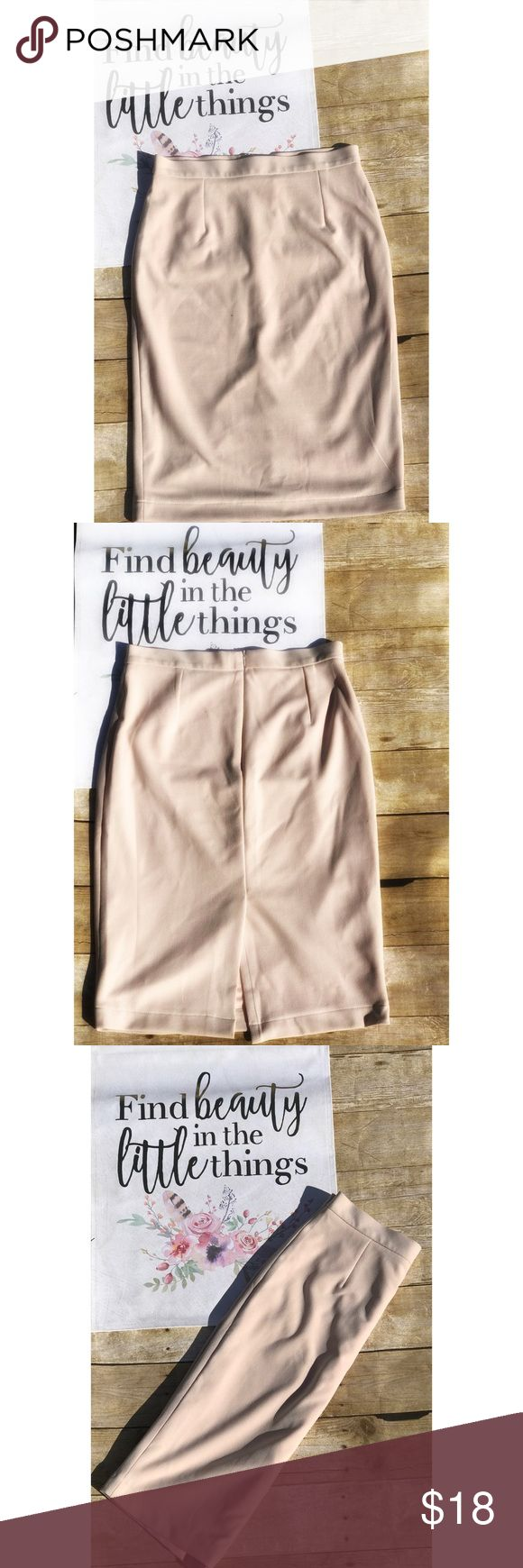 """Lulu's blush pencil skirt size XL Add some chic, sophisticated vibes to your wardrobe with this Pencil Skirt! Medium-weight stretch knit shapes this figure-flaunting skirt with a high, fitted, elasticized waist and midi-length hem. Waist is about 14"""" and lenght is about 23"""" Skirts Pencil"""