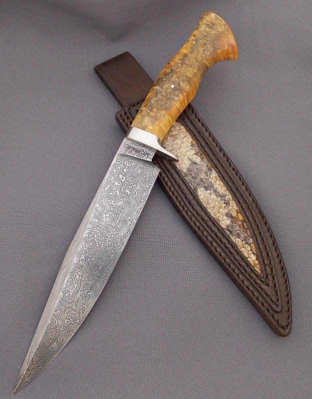 Fighting bowie- damascus blade and stabilized maple burl | Mozolič Knives