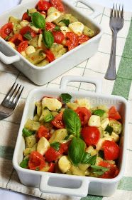 hiperica_lady_boheme_blog_cucina_ricette_gustose_facili_veloci_gnocchetti_verdi_al_basilico_con_pomodorini_e_mozzarella_2
