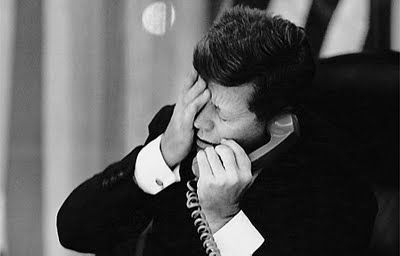 A telling shot of JFK during the Cuba Missile Crisis, 1962. www.lberger.ca