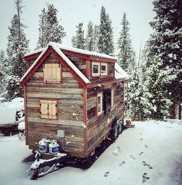 Four options for skirting your Tiny House RV to prevent utility freezing in cold climates.