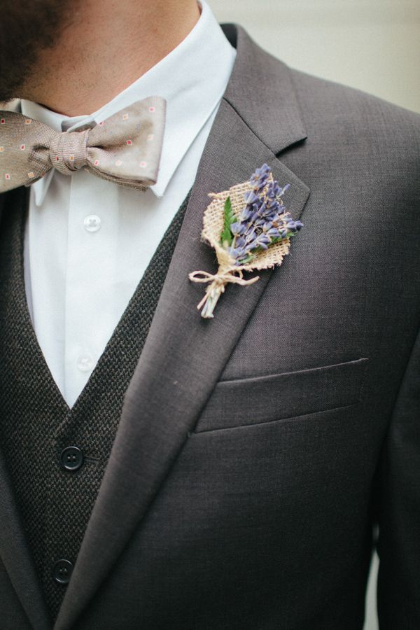 Burlap and Lavender Boutonniere.  Beautiful choice for a natural/rustic wedding.  As seen on weddingchicks.com.  Would love to see it with other flowers - burlap and daisies, burlap and roses, burlap and sunflowers...
