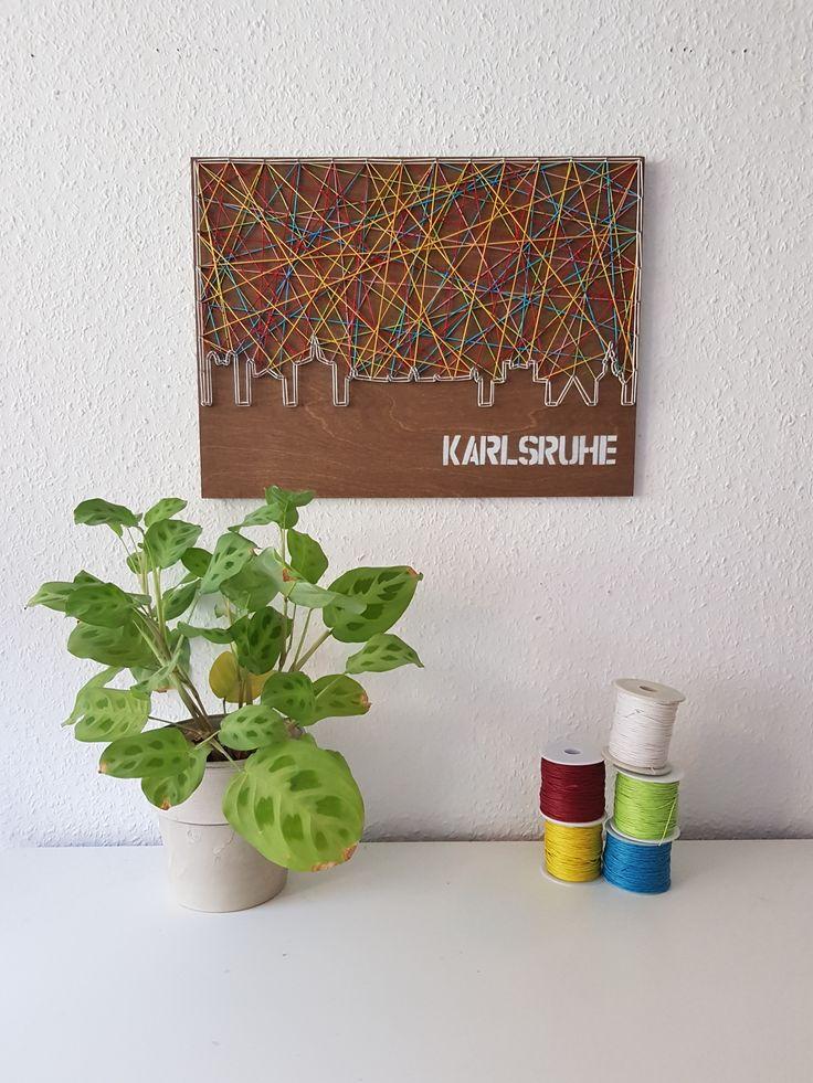 Stringart / Fadenbild der Skyline der Stadt Karlsruhe - handmade by schnuerstueck