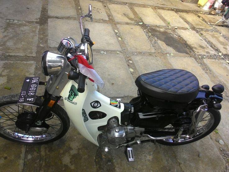 Street cub  Astrea honda 800