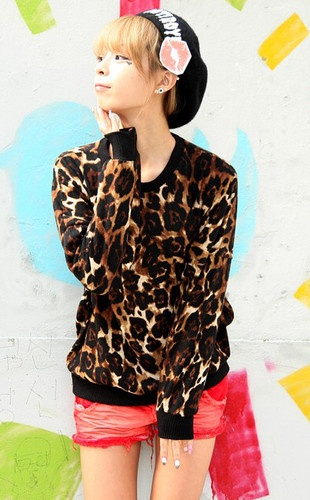 2013 brand korean population unisex leopard round neck t shirts for womens loose fit print long sleeve top