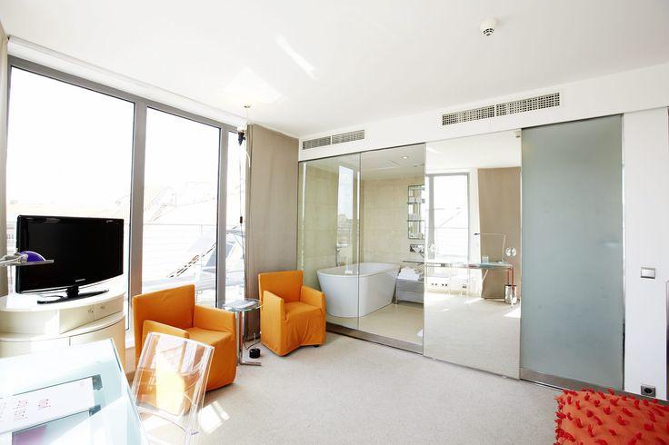 Special room 704... <3 Design E.Jiricna, photo Stefan Schutz