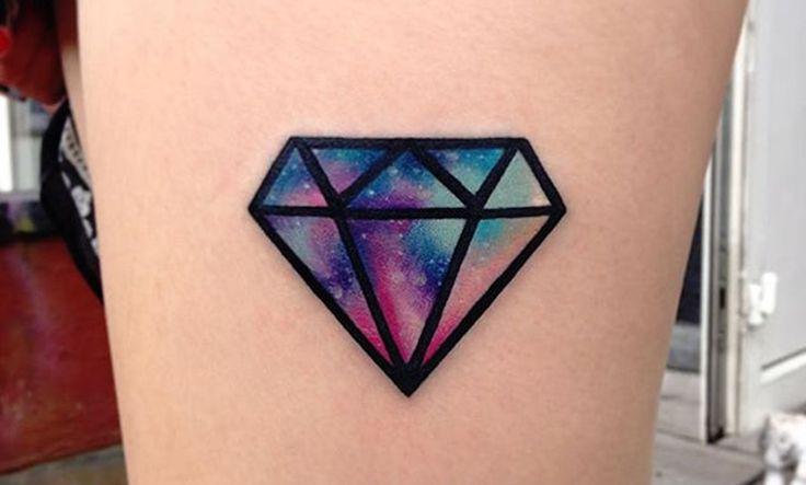 Recopilación de tatuajes de diamantes, simbolizando lo eterno e infinito - http://www.tatuantes.com/recopilacion-tatuajes-de-diamantes/ #tattoo