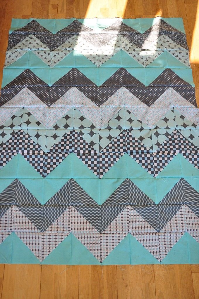chevron quilt - this makes me want to learn to quilt so badly!