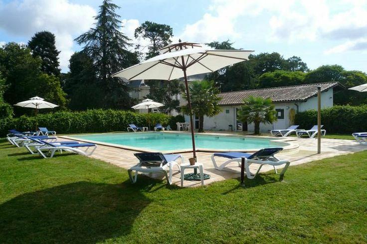 Heerlijk authentiek vakantiehuis voor 6 personen te huur in de Dordogne te Frankrijk.  Deze prachtige huuraccommodatie is gelgen bij de plaat Villeneuve-sur-Lot en mag met recht een heerlijke vakantiebestemming worden genoemd.