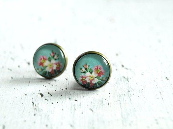 Rustic flower earrings studs - floral earrings - small post ear studs - glass earrings - summer fashion earrings - gift for her - blue pink