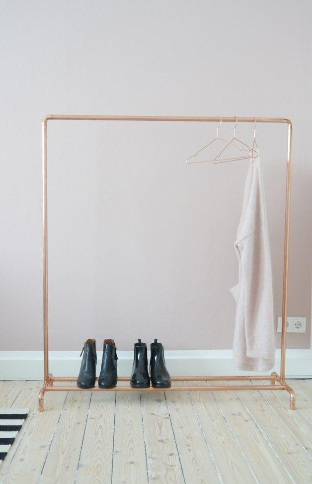 Garderoben - Kupfer Kleiderständer Industriedesign Schuhablage - ein Designerstück von Krustelkiste bei DaWanda