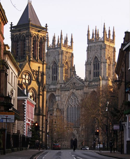 York on a winter morning | England (by Wilamoyo)- I loved York. Of all the wonderful places I visited, York was the place I could most see me actually living in.
