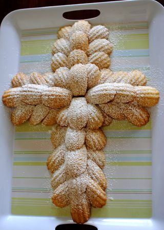 Baptism cake--Italian Cookie Style (actually French Cookie style)