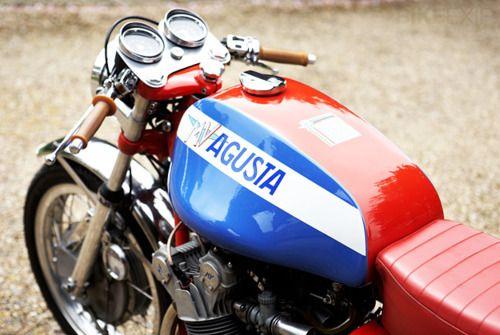 MV Augusta Cafe Racer