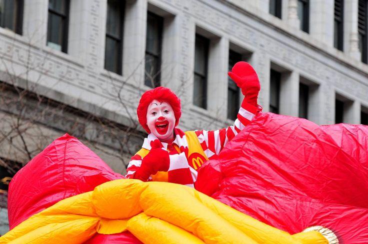 Chicago's McDonald's Thanksgiving Parade 2016 Kicks Off Windy City's Holiday Season