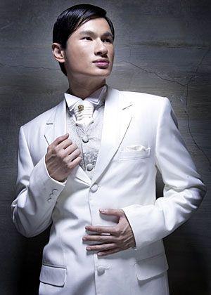 produksi pakaian jas pria dengan model yang modern harga murah erta kualitas jahitan halus dan rapi