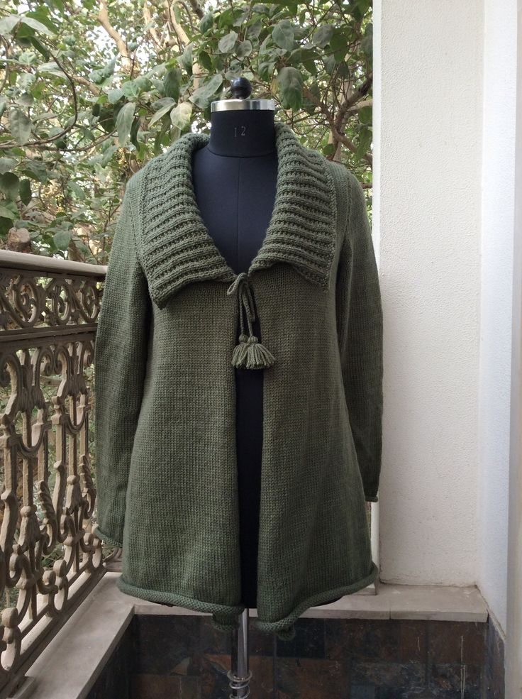 Slouchy cardigan with tie up